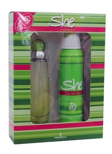 Hunca  She Sweet Edt 50Ml+Deo150Ml Kadın Parfüm Set Renksiz